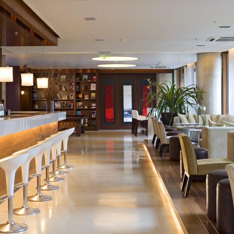 Hotel Madero - White Bar